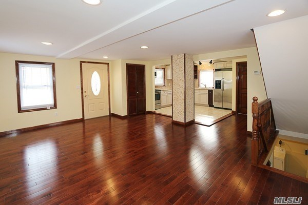 77 A Jefferson Ave, Roslyn Heights, NY - USA (photo 5)