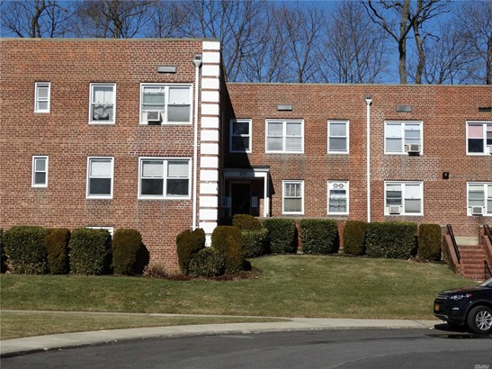 20 Edwards St 2a, Roslyn Heights, NY - USA (photo 2)