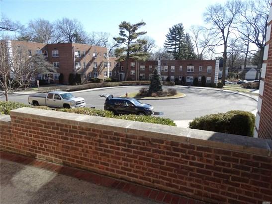 20 Edwards St 2a, Roslyn Heights, NY - USA (photo 4)