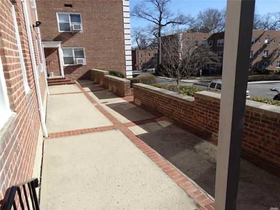 20 Edwards St 2a, Roslyn Heights, NY - USA (photo 5)