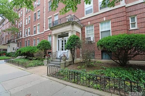 3549 76 St 42, Jackson Heights, NY - USA (photo 2)