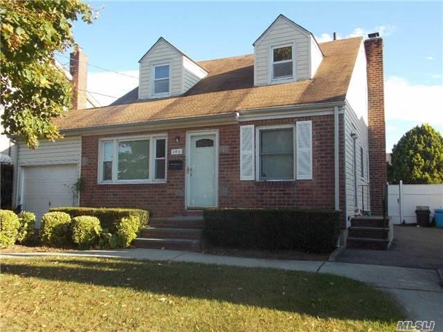 145 Evelyn Rd, Mineola, NY - USA (photo 1)