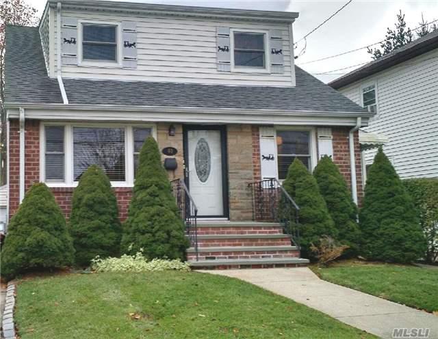 40 Coventry Ave, Albertson, NY - USA (photo 1)