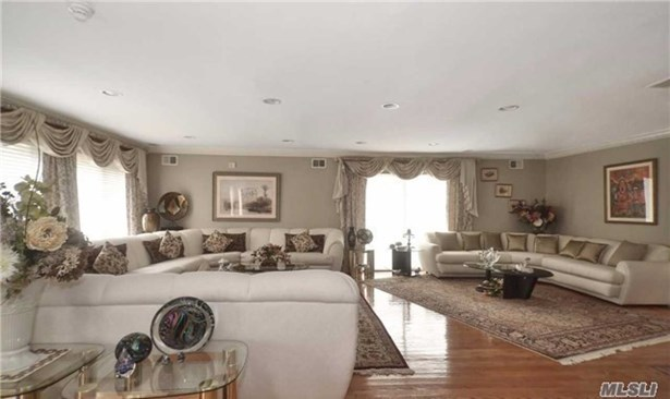 14 Grace Dr, Old Westbury, NY - USA (photo 3)