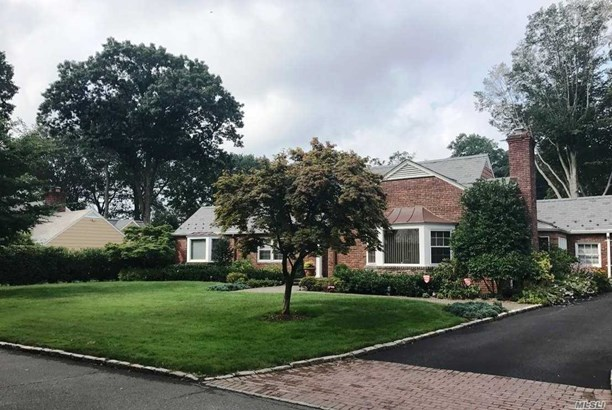 15 Boxwood Ln, East Hills, NY - USA (photo 1)