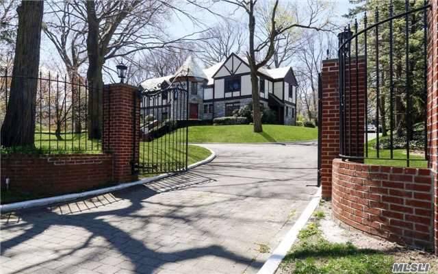 52a Mineola Ave, Roslyn Estates, NY - USA (photo 1)