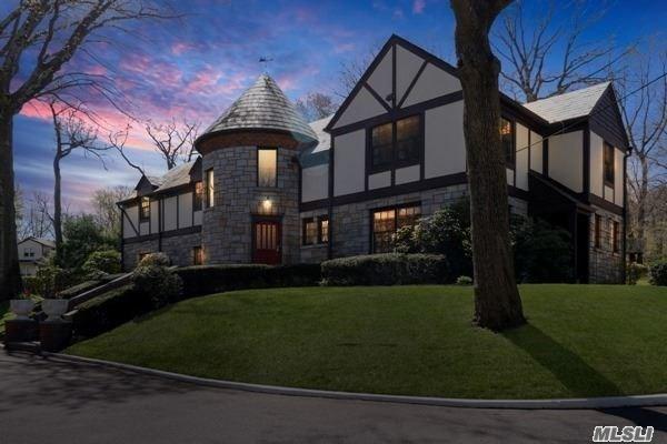52a Mineola Ave, Roslyn Estates, NY - USA (photo 2)