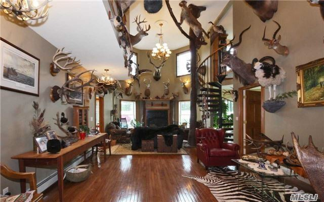 26 Foothill Ln, East Northport, NY - USA (photo 5)
