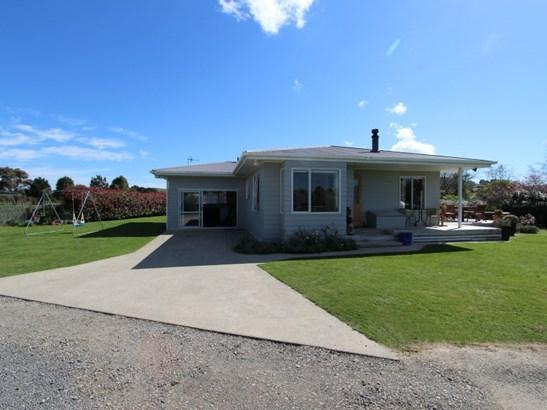 46 Short Road, Pahiatua, Tararua - NZL (photo 5)