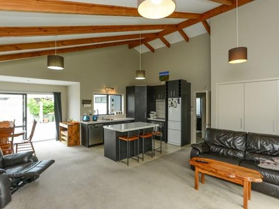27a Jeffares Place, Taradale, Napier - NZL (photo 3)