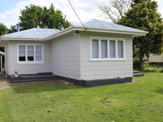 6 Huia Street, Piopio, Waitomo - NZL (photo 2)