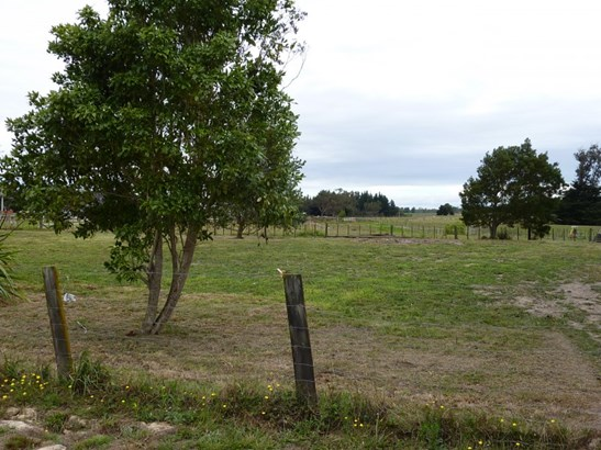 128 Ranfurly Road, Feilding - NZL (photo 2)