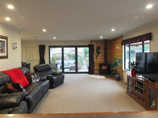 38 Grove Avenue, Weston, Waitaki - NZL (photo 2)
