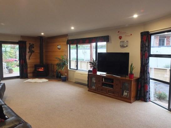 38 Grove Avenue, Weston, Waitaki - NZL (photo 5)