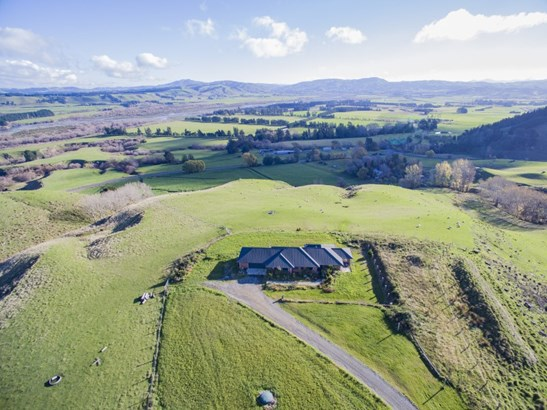 745 Cathedral Road, Domett, Hurunui - NZL (photo 2)