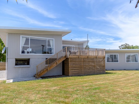 30 Sackville Street, Martinborough, South Wairarapa - NZL (photo 2)