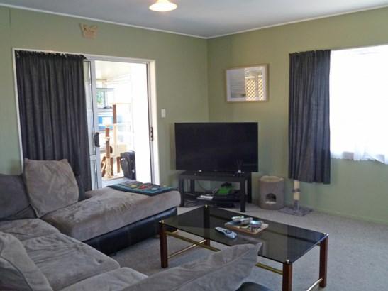 2/434 Gloucester Street, Taradale, Napier - NZL (photo 4)