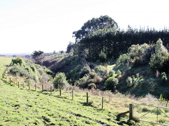 246 Polson Hill Drive, Aokautere, Palmerston North - NZL (photo 5)