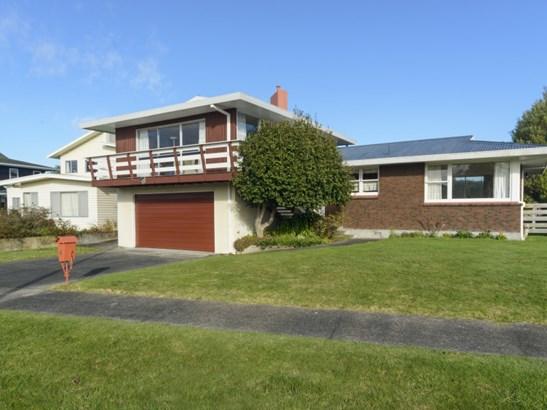 6 Anaru Place, Riverdale, Palmerston North - NZL (photo 1)