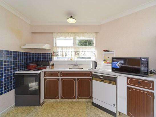 6 Anaru Place, Riverdale, Palmerston North - NZL (photo 3)
