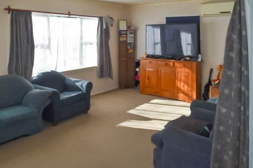 43 Huia Street, Taumarunui, Ruapehu - NZL (photo 2)