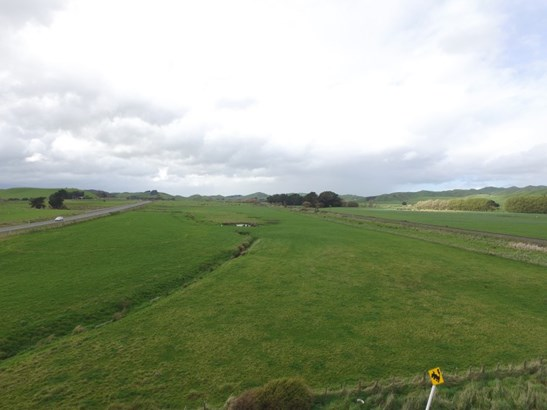 - Corner State Highway 2 And Hopelands Rd, Papatawa, Woodville - NZL (photo 2)