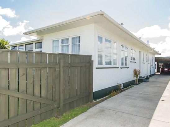 57 Bamber Street, Castlecliff, Whanganui - NZL (photo 2)