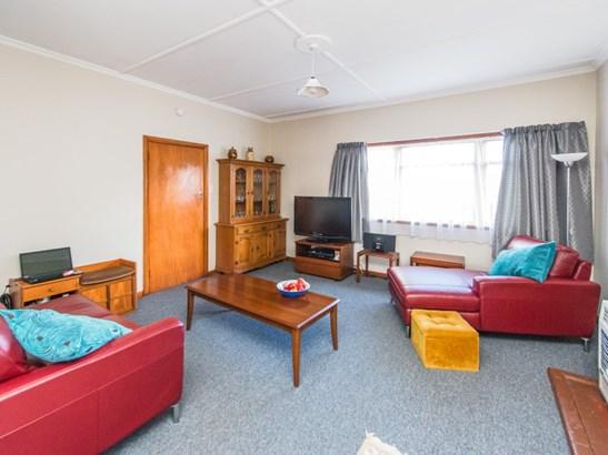 16 Caffray Avenue, Aramoho, Whanganui - NZL (photo 5)
