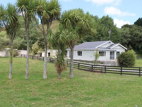 291 Hinemoa Valley Road , Pahiatua, Tararua - NZL (photo 1)