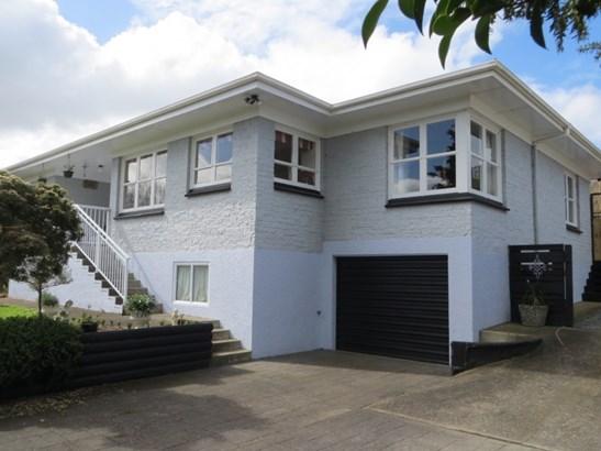132 Centennial Avenue, Te Aroha, Matamata-piako - NZL (photo 2)