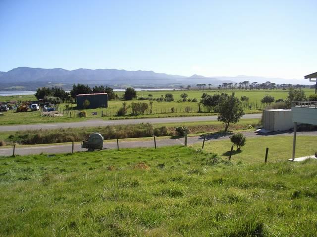 106 Lake Ferry Road, Lake Ferry, South Wairarapa - NZL (photo 5)