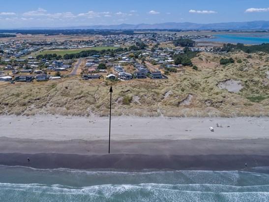 30 Marine Parade, Foxton Beach, Horowhenua - NZL (photo 2)