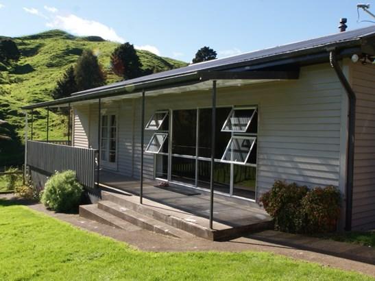 409 Tunakotekote Road, Taumarunui, Ruapehu - NZL (photo 2)