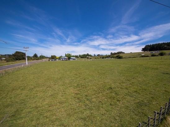 - Hastings Street, Halcombe, Manawatu - NZL (photo 2)