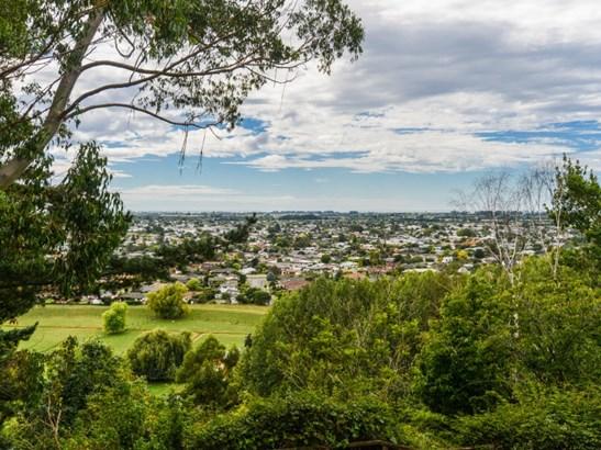 16 Churchill Drive, Taradale, Napier - NZL (photo 2)