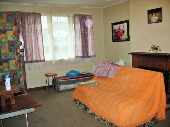 116-118 Lucknow Street, Wairoa - NZL (photo 4)