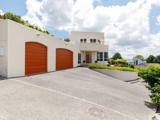 24 Wellesley Street, Feilding - NZL (photo 2)