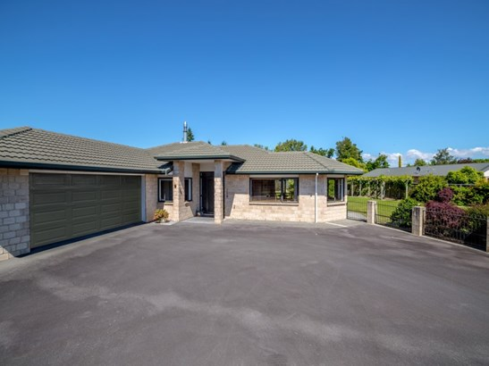 9 Ivondale Grove, Masterton - NZL (photo 1)