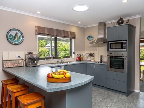 9 Ivondale Grove, Masterton - NZL (photo 2)