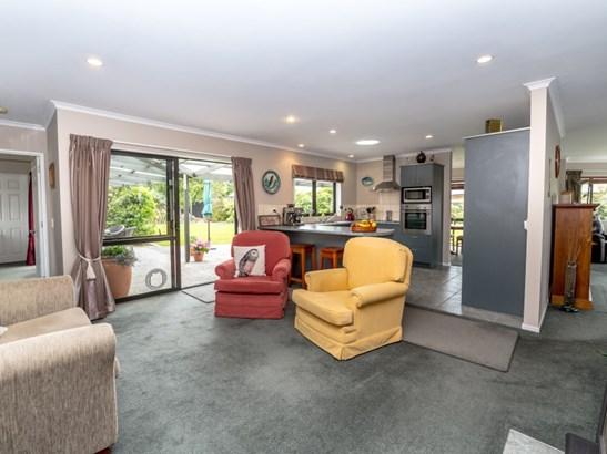 9 Ivondale Grove, Masterton - NZL (photo 5)