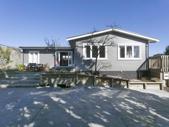 9 Arrowsmith Avenue, Taupo - NZL (photo 2)