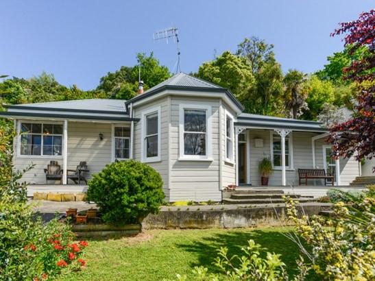 10 Paradise Road, Hospital Hill, Napier - NZL (photo 1)