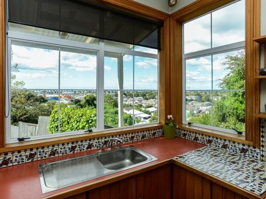 10 Paradise Road, Hospital Hill, Napier - NZL (photo 4)