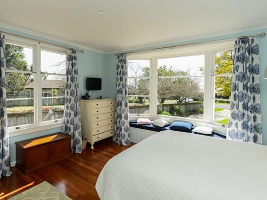 28 Tauroa Road, Havelock North, Hastings - NZL (photo 5)