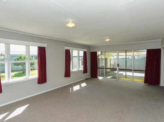 9 Davidson Avenue, Pirimai, Napier - NZL (photo 2)