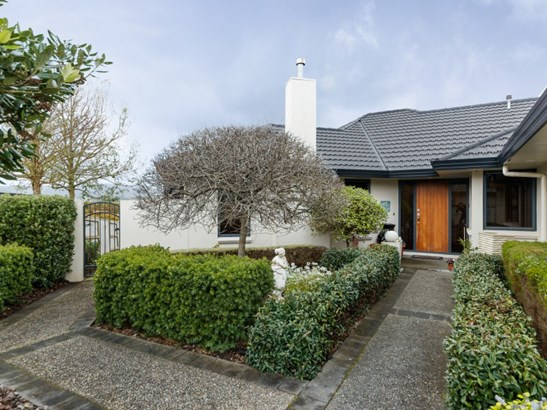 26b Johnstone Drive, Fitzherbert, Palmerston North - NZL (photo 2)
