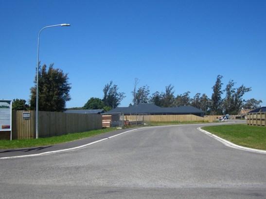 - Kirwee Central, Courtenay Road, Kirwee, Selwyn - NZL (photo 3)