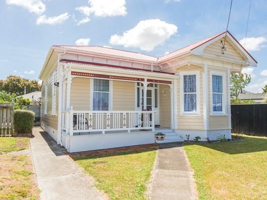 1 Eastown Road, Whanganui East, Whanganui - NZL (photo 1)