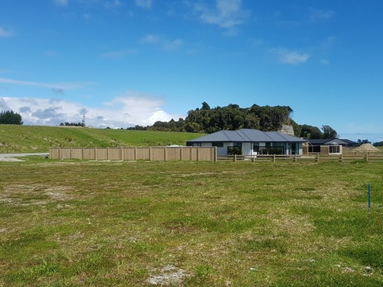 4-6-12-16-18-20 Takutai Terrace, Takutai, Westland - NZL (photo 1)
