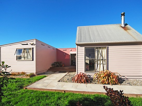 53 Wallace Street, Featherston, South Wairarapa - NZL (photo 2)